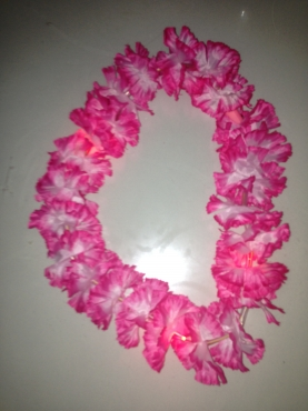 LED flashing Hawaiian Pink Lei